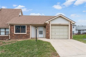 1102 Paradise Court Unit D Greenwood, In 46143