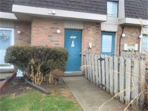 7494 Countrybrook Drive Unit 7494 Indianapolis, In 46260