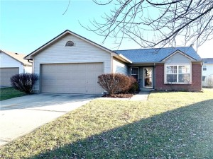 1335 Blue Grass Pky Greenwood, In 46143