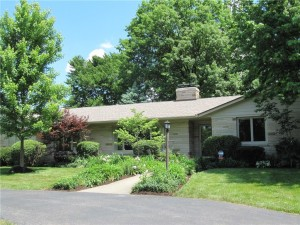 7585 Holliday Drive W Indianapolis, In 46260