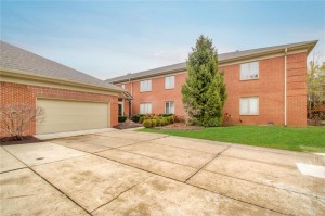 6451 Meridian Parkway Unit D Indianapolis, In 46220