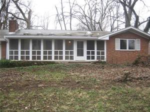 8760 Carrollton Avenue Indianapolis, In 46240