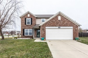 1062 Amy Court Greenwood, In 46143