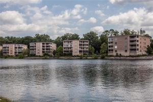 6760 Spirit Lake #402 Indianapolis, In 46220