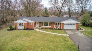 415 Golf Lane Indianapolis, In 46260