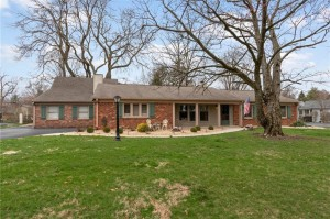 7408 Glenview Drive W Indianapolis, In 46250
