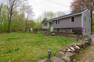 128 Brockway Road Hopkinton, Nh 03229