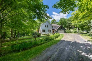 233 Hollow View Road Stowe, Vt 05672