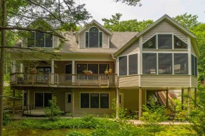46 Mendums Landing Road Barrington, Nh 03825