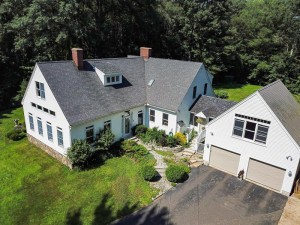 604 River Road Eliot, Me 03903