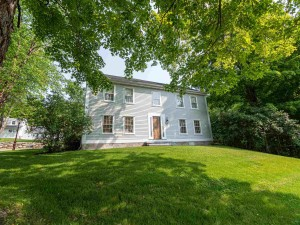 207 Oak Hill Road Concord, Nh 03301