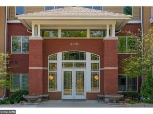408 Parkers Lake Road Unit 206 Minnetonka, Mn 55391