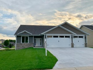 5943 Dogwood Lane Nw Rochester, Mn 55901