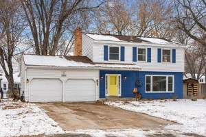 10040 Irwin Circle Bloomington, Mn 55437