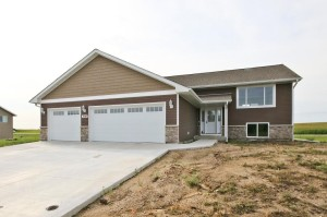 1542 9th Avenue Sw Hutchinson, Mn 55350