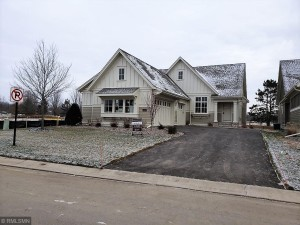 6671 Waterford Lane Lane Victoria, Mn 55331