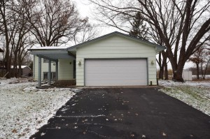 1028 104th Avenue Nw Coon Rapids, Mn 55433