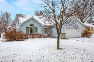 862 Windrow Drive Little Canada, Mn 55109