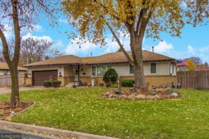 7701 Lee Avenue N Brooklyn Park, Mn 55443