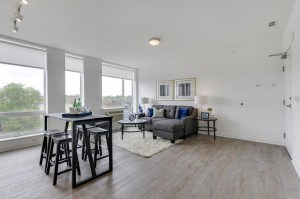 2015 Lyndale Avenue S Unit 313 Minneapolis, Mn 55405