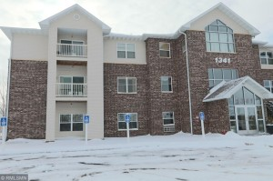 1341 Lake Drive W Unit 301 Chanhassen, Mn 55317