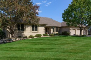 16210 25th Avenue N Plymouth, Mn 55447