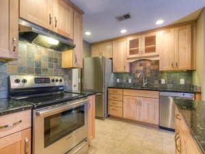 6203 Magda Drive Unit 3 Maple Grove, Mn 55369