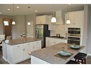 4112 Painted Sky Trail Chaska, Mn 55318