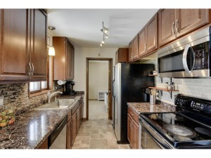 6017 2nd Street Ne Fridley, Mn 55432