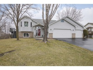 17321 Faraday Lane Lakeville, Mn 55024