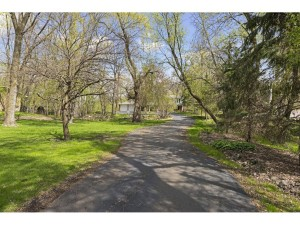 5021 Sparrow Road Minnetonka, Mn 55345