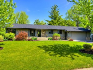 1535 Red Cedar Road Eagan, Mn 55121