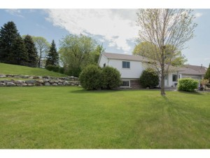 706 Hay Lake Court Eagan, Mn 55123