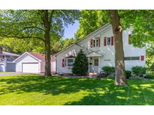 5045 Overlook Circle Bloomington, Mn 55437