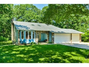 5716 Riverview Entry Champlin, Mn 55316