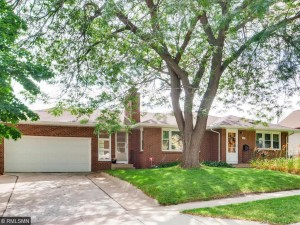 4245 6th Street Ne Columbia Heights, Mn 55421