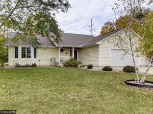 2726 Shadow Wood Court Chaska, Mn 55318