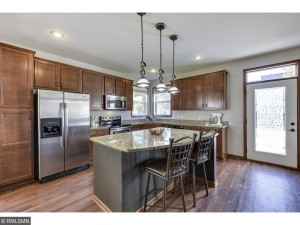 2056 Hackberry Lane Shakopee, Mn 55379
