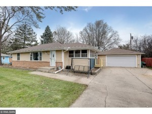 7608 Myers Avenue N Brooklyn Park, Mn 55428