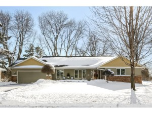 7461 West Shore Drive Edina, Mn 55435