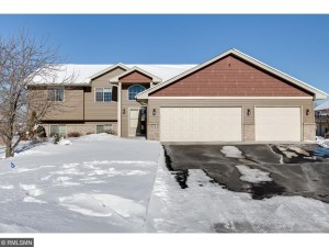 674 Highland Ct Lino Lakes, Mn 55014