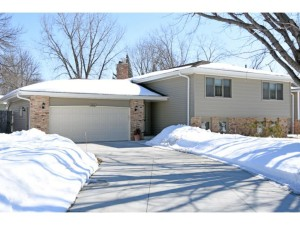 13810 Holyoke Path Apple Valley, Mn 55124