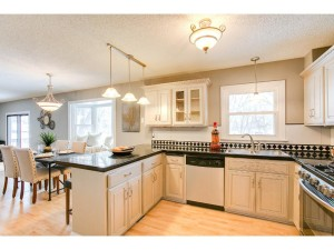 13280 Findlay Avenue Apple Valley, Mn 55124