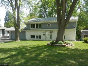 4616 Colorado Avenue N Crystal, Mn 55422