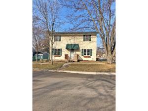 422 E 2nd Street Chaska, Mn 55318