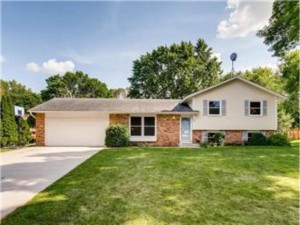 7188 144th Court Apple Valley, Mn 55124