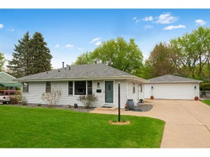 8316 32nd Ave N Crystal, Mn 55427