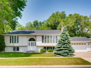7908 Tierneys Woods Road Bloomington, Mn 55438