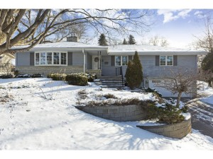 5529 Mirror Lakes Drive Edina, Mn 55436