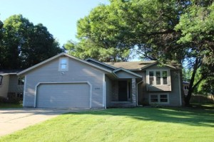 6707 Upper 28th Street N Oakdale, Mn 55128